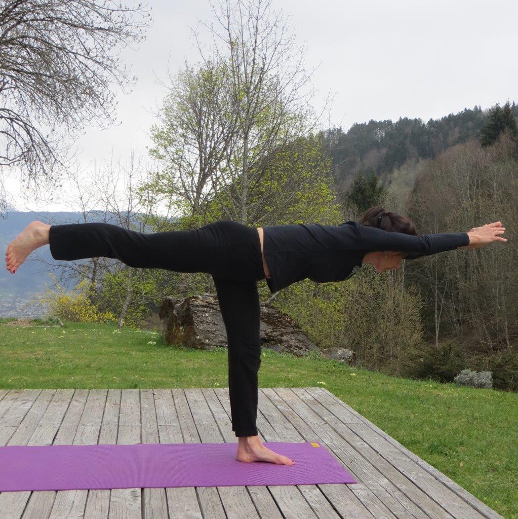 Yoga adultes Cluses