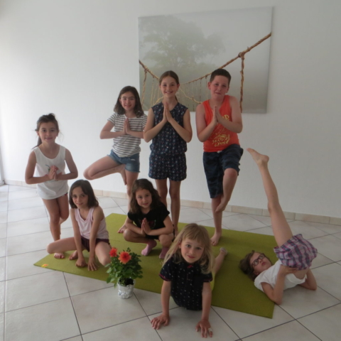 Groupe yoga enfants Cluses printemps 2018